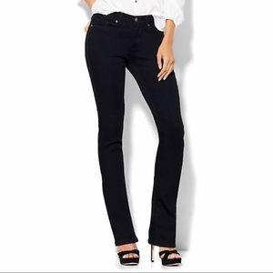 NY&Co Soho Bootcut Jeans Black 8P